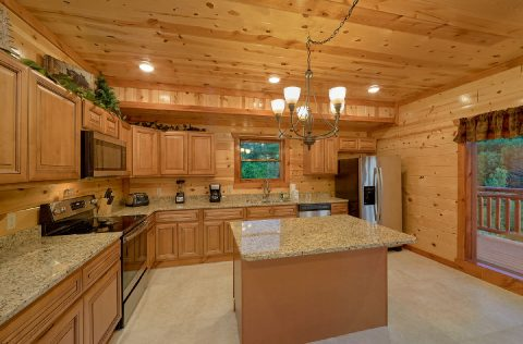 Spacious Cabin with Bar and Full Kitchen - 1 Amazing Lodge