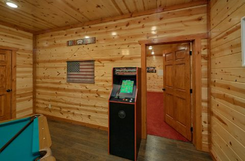 6 Bedroom Cabin with Arcade Game and WiFi - 1 Amazing Lodge