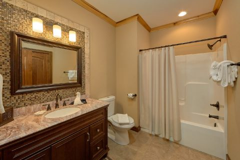 Top Floor Master Suite - 2nd Choice