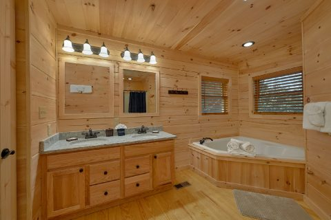 Master Bathroom with Jacuzzi and Shower - 3 Little Bears