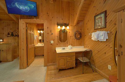 1 Bedroom Honeymoon Cabin in Wears Valley - 4 Little Bears