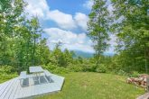 Private Cabin with Mountain View & Picnic Table