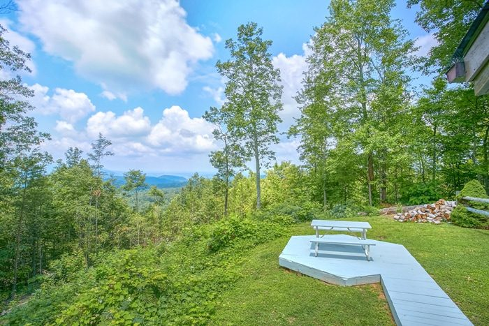 Private Cabin with Views of the Smoky Mountains - 4 Seasons Gatlinburg