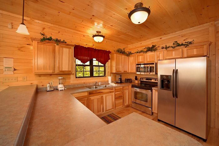 4 Bedroom Cabin with a Spacious Equipped Kitchen - 4 Your Pleasure