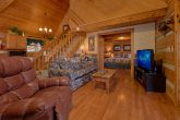 Rustic 2 bedroom cabin with fireplace