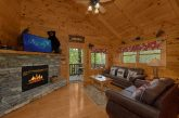 Luxurious Cabin with a Fireplace