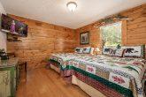 5 Bedroom 4 Bath 1 Story Cabin Sleeps 20