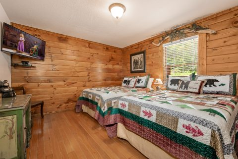 5 Bedroom 4 Bath 1 Story Cabin Sleeps 20 - A Bear Creek