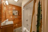 Gatlinburg 5 Bedroom 4 Bath Cabins Sleeps 20