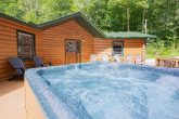 Gatlinburg 5 Bedroom with Hot Tub Large Deck
