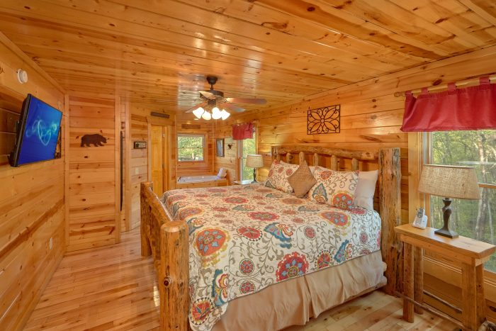 2 bedroom cabin with private master suite - A Bear Endeavor