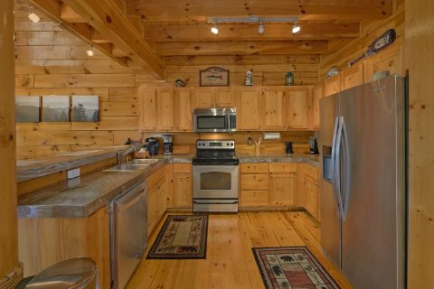 Full Kitchen 3 Bedroom Cabin Sleeps 10 - A Bliss