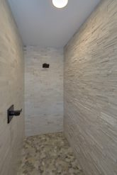 Gatlinburg Cabin Rental with Luxurious Showers