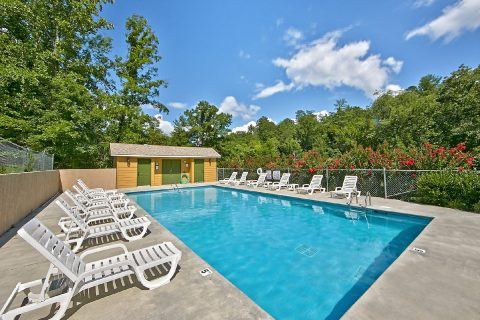 4 Bedroom cabin with Resort Swimming Pool - A Fieldstone Lodge