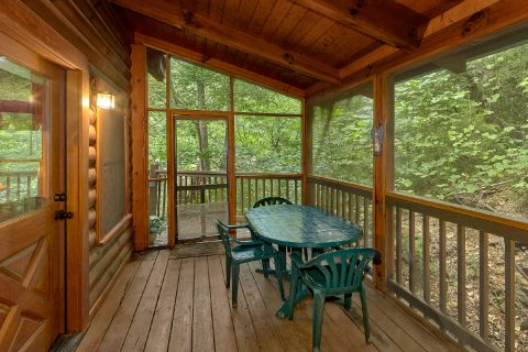 2 Bedroom Cabin in the Smoky Mountains - A Happy Haven