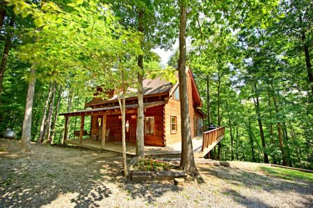 Just Relax: 2 Bedroom Gatlinburg Cabin Rental
