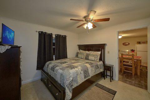 4 Bedroom 2 Bath All Main Floor - A Hop Skip and a Jump