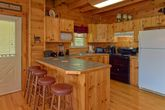 Premium 3 bedroom cabin with full kitchen