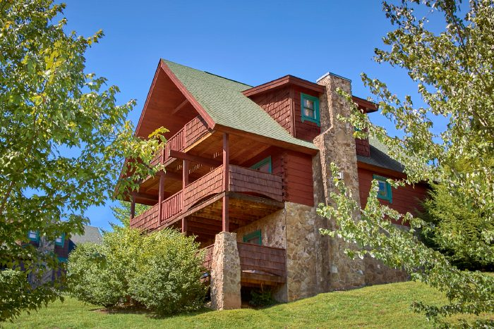Cabin with 2 bedrooms in Pigeon Forge - A Little Bit Of Heaven