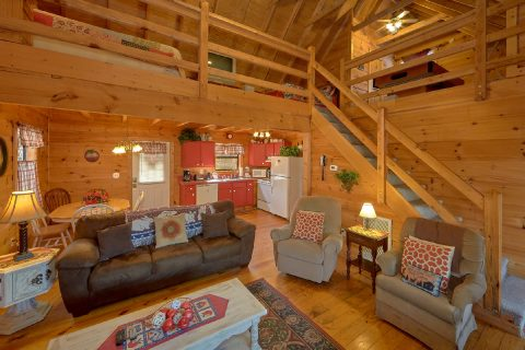 Log Cabin 2 Bedroom Sleeps 6 - A Little Bit Of Lovin'