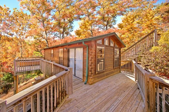 A Long Kiss Goodnight Cabin Rental Photo