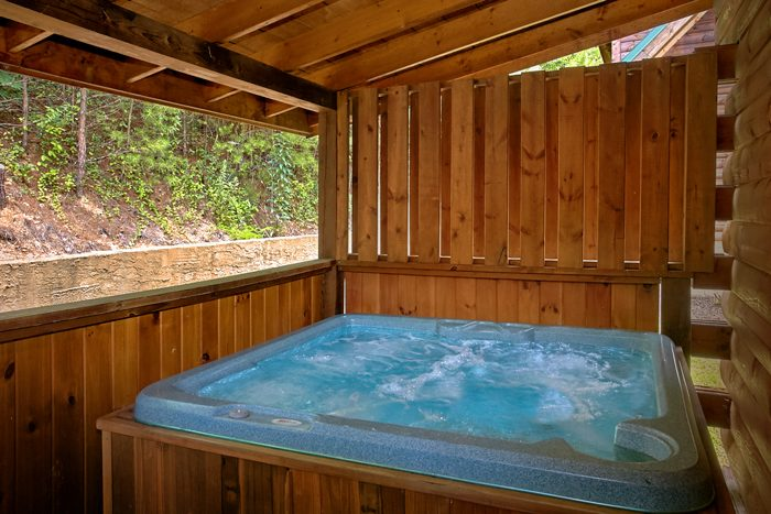 1 Bedroom Cabin with Private Hot Tub - A Lovers Retreat