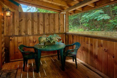 1 Bedroom Cabin in Arrowhead Resort - A Lovers Retreat