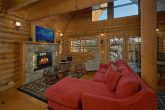 1 Bedroom Honeymoon Cabin with near Pigeon Forge
