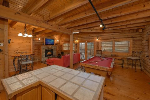 Smoky Mountain 1 Bedroom Cabin Sleeps 4 - A Moonlight Ridge