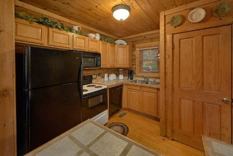 1 Bedroom Cabin with Fully Equipped Kitchen - A Moonlight Ridge