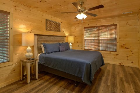 5 bedroom cabin with pool table in game room - A Mountain Palace