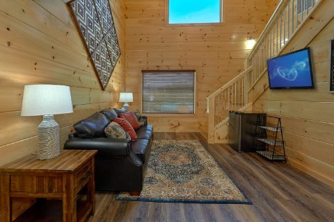 Private deck and hot tub at 5 bedroom cabin - A Mountain Palace