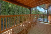 5 Bedroom Cabin with Rocking Chairs Sleeps 16