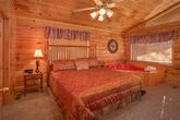 Honeymoon 1 Bedroom Cabin with Master Suite