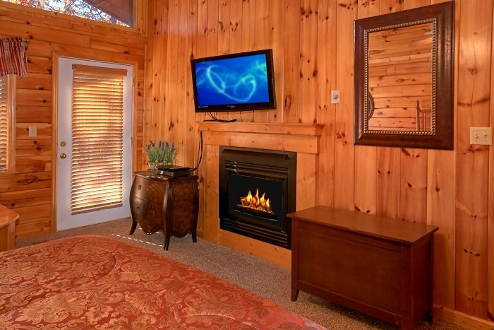 Luxury Cabin with Fireplace in the Master Suite - A New Beginning