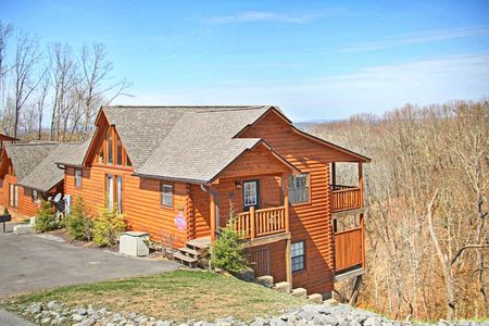 Lookout Point: 4 Bedroom Sevierville Cabin Rental