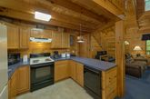 Secluded 2 bedroom cabin with full kitchen