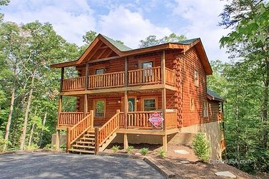 Cool 5 Bedroom Pigeon Forge Cabin Rentals Home Interior And Landscaping Pimpapssignezvosmurscom