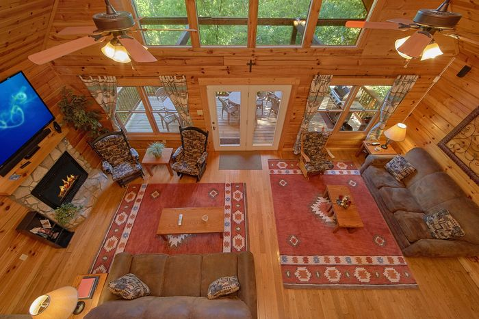 Premium 5 Bedroom cabin with Fireplace - A Perfect Stay