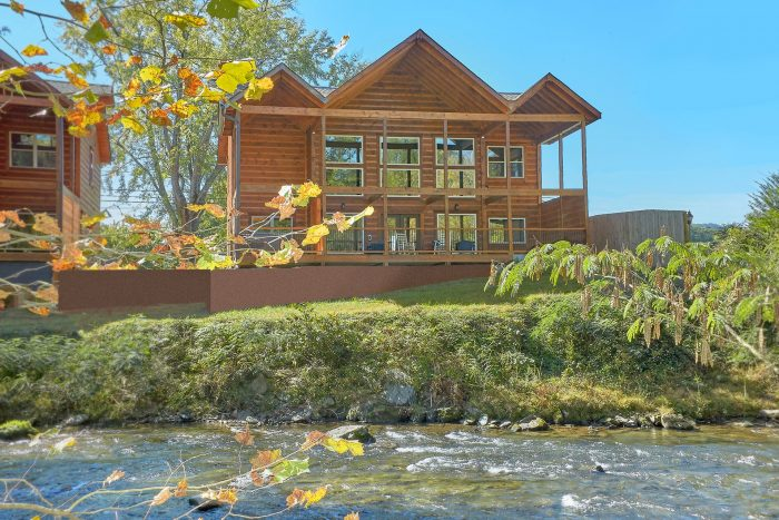 A River Retreat Cabin Rental Photo