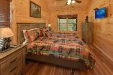 3 bedroom luxury cabin with 3 Jacuzzi Tubs
