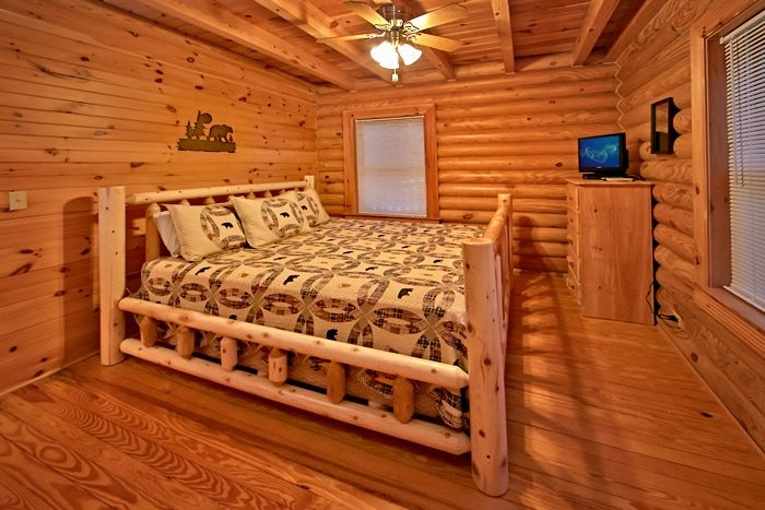 Smoky Mountain Cabin with King Bed - A Rocky Top Memory