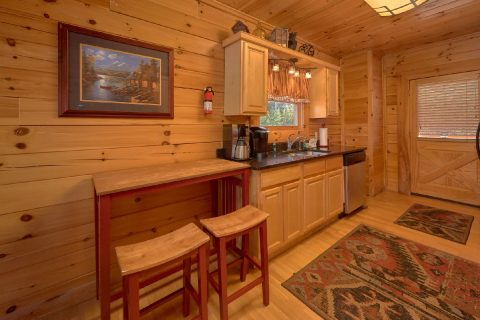 Black Bear Ridge 4 Bedroom Cabin Sleeps 14 - A Rocky Top Ridge