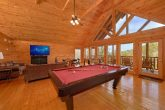 4 Bedroom Cabin with Large Open Game Room