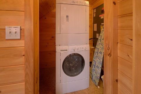 4 Bedroom Cabin Sleeps 14 with Washer and Dryer - A Rocky Top Ridge