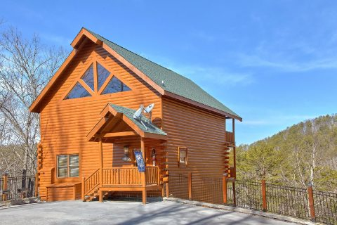 4 Bedroom 4 Bath 3 Story Sleeps 12 Cabin - A Rocky Top Ridge