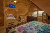 Spacious 1 Bedroom Cabin with TV