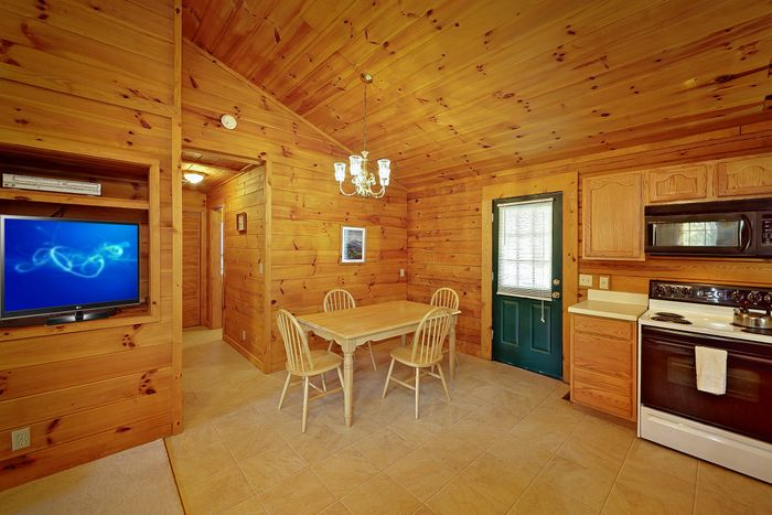 Rustic 1 Bedroom Cabin with Furnished Kitchen - A Smoky Hideaway