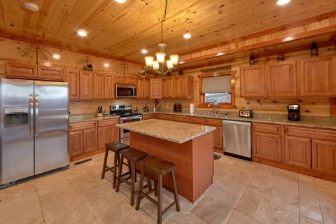 6 Bedroom Cabin with Fully Equipped Kitchen - A Smoky Mountain Dream
