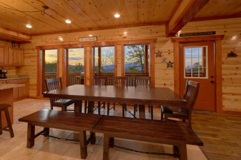 Spacious 6 Bedroom Cabin with Dining Room - A Smoky Mountain Dream